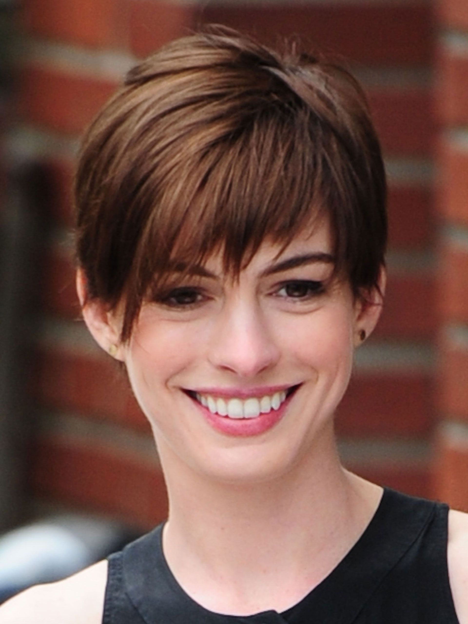 Anne Hathaway With Short Hair The Best Short Hair 2018