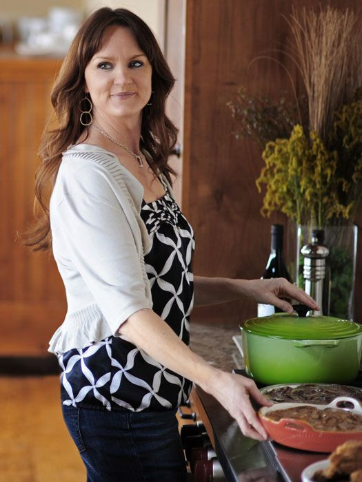 4 Things Pioneer Woman Ree Drummond Knows About Food