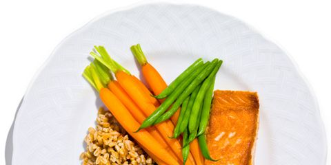 healthy plate, salmon, brown rice, vegetables