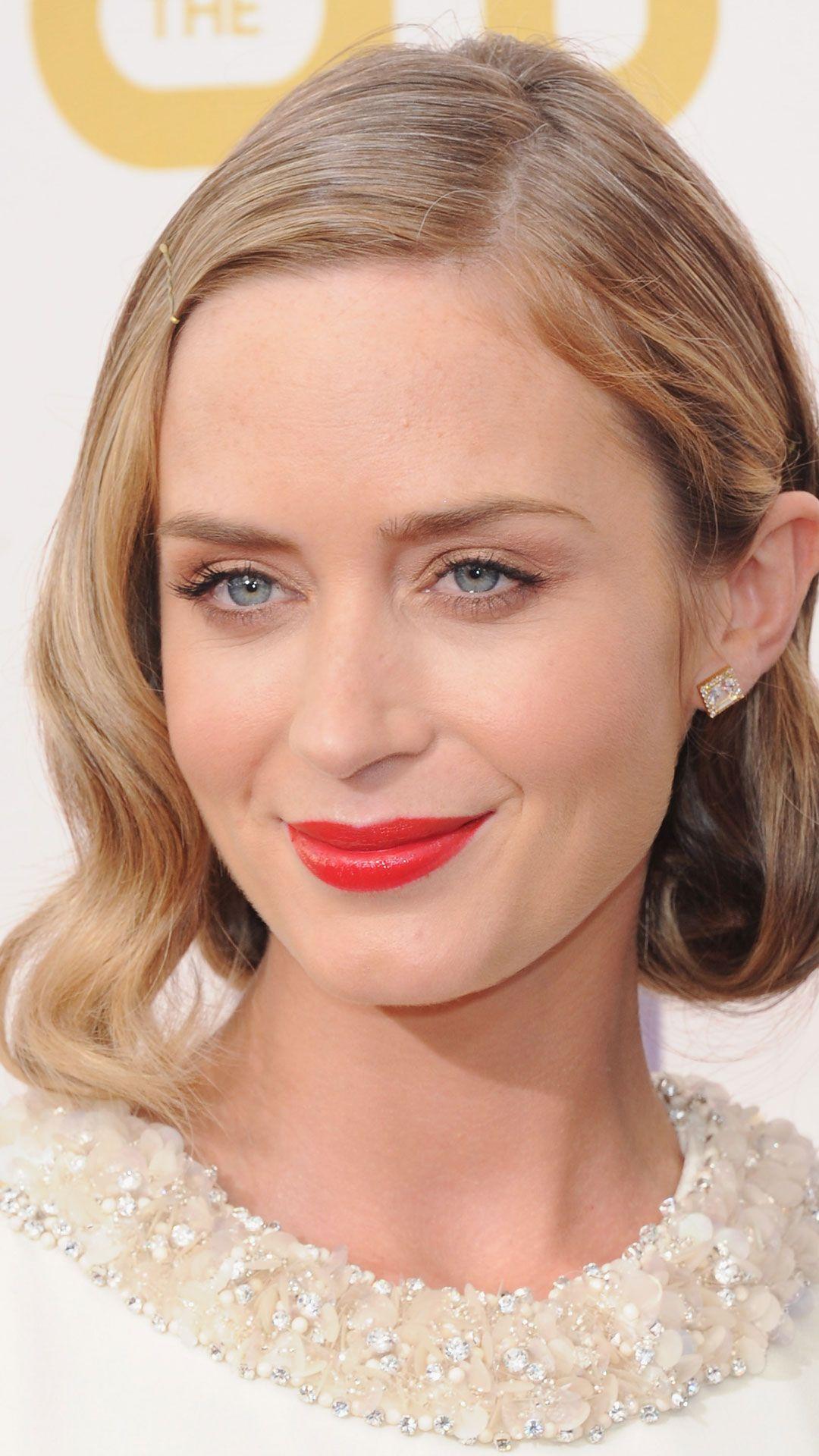 Celebrity Bob Hairstyles Celebs In Bright Lipstick