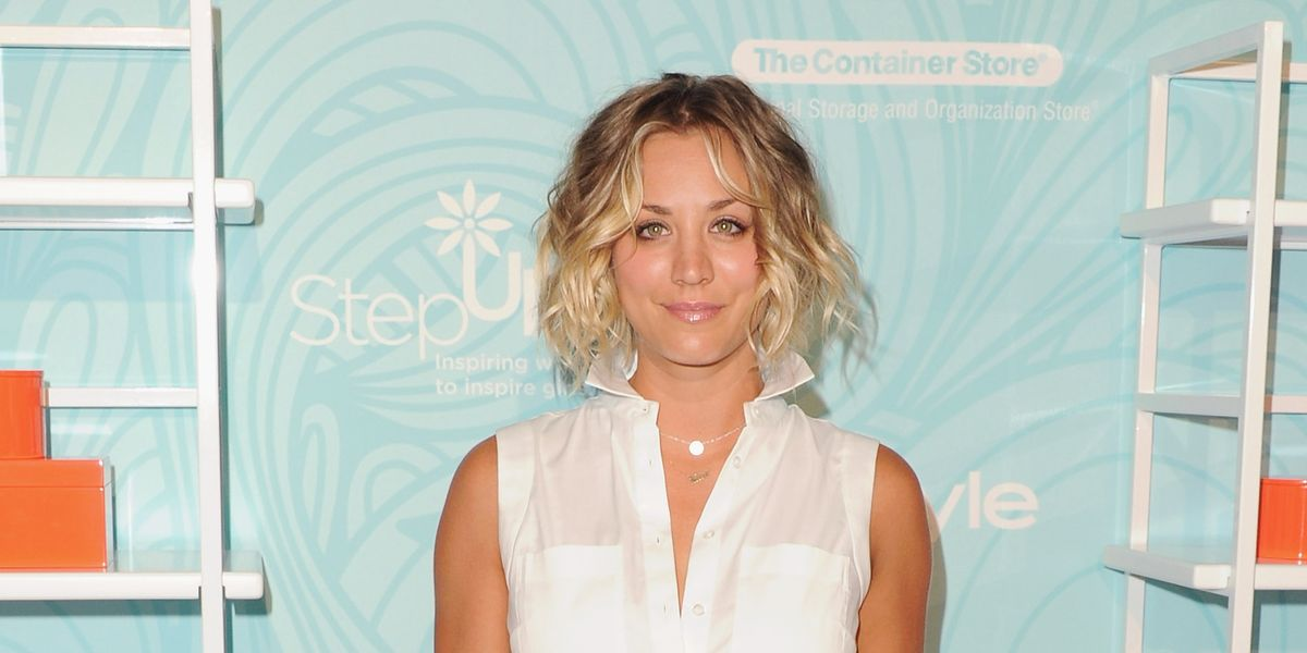Kaley Cuoco Sweeting Debuts A New Pixie Cut