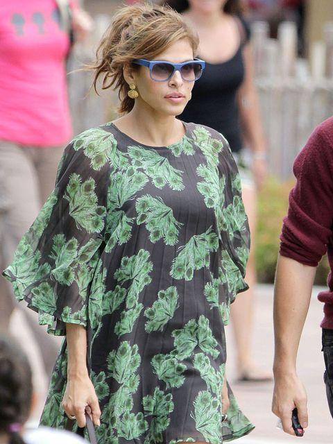 Eyewear, Arm, Human, Glasses, Human body, Sleeve, Sunglasses, Camouflage, Military camouflage, Style,