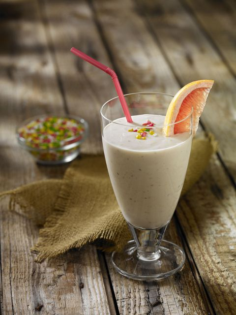 Grapefruit Smoothie with Fennel Seeds