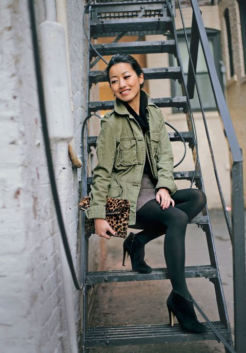 b7131ee0a90 How Real Women Wear Army Jackets - How To Wear The Military Trend