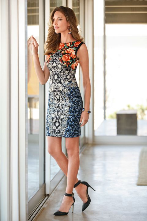 Clothing, Dress, Human leg, Shoulder, Joint, One-piece garment, Style, High heels, Waist, Formal wear,