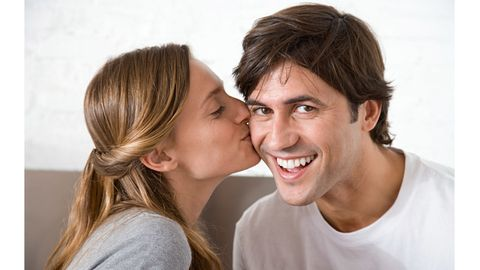 All-over kissing