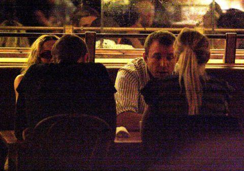 gwyneth and chris december 2013