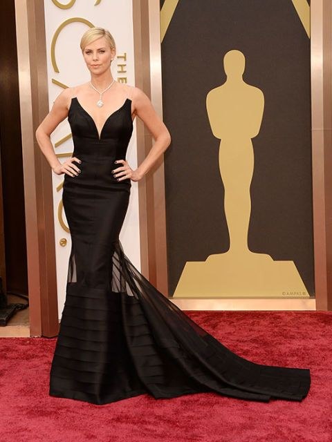 And the award for least boring black went to Charlize and her backless, perfectly-tailored Dior gown.