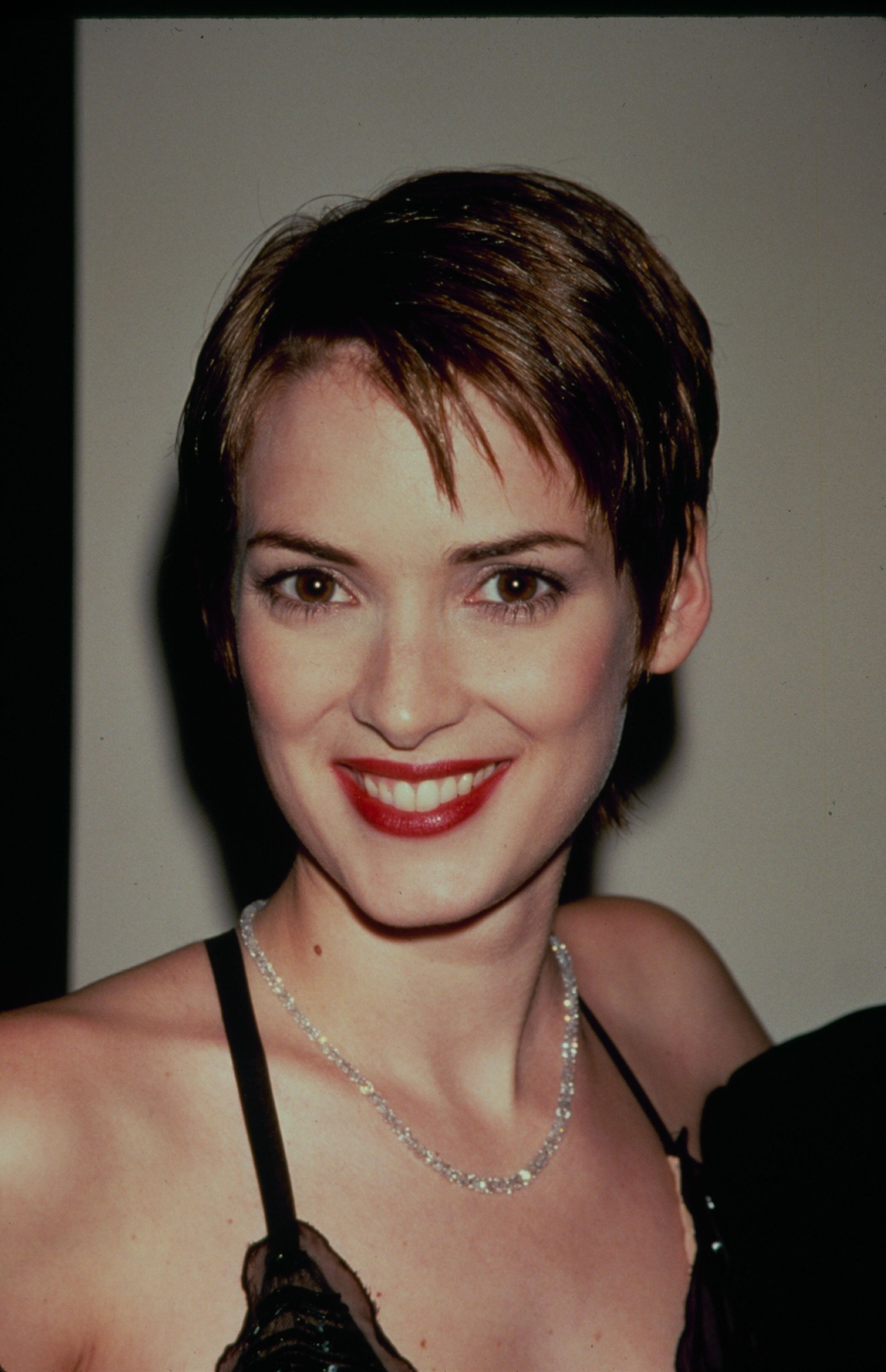 34 Best Pixie Cuts Of All Time Iconic Pixie Haircut Ideas