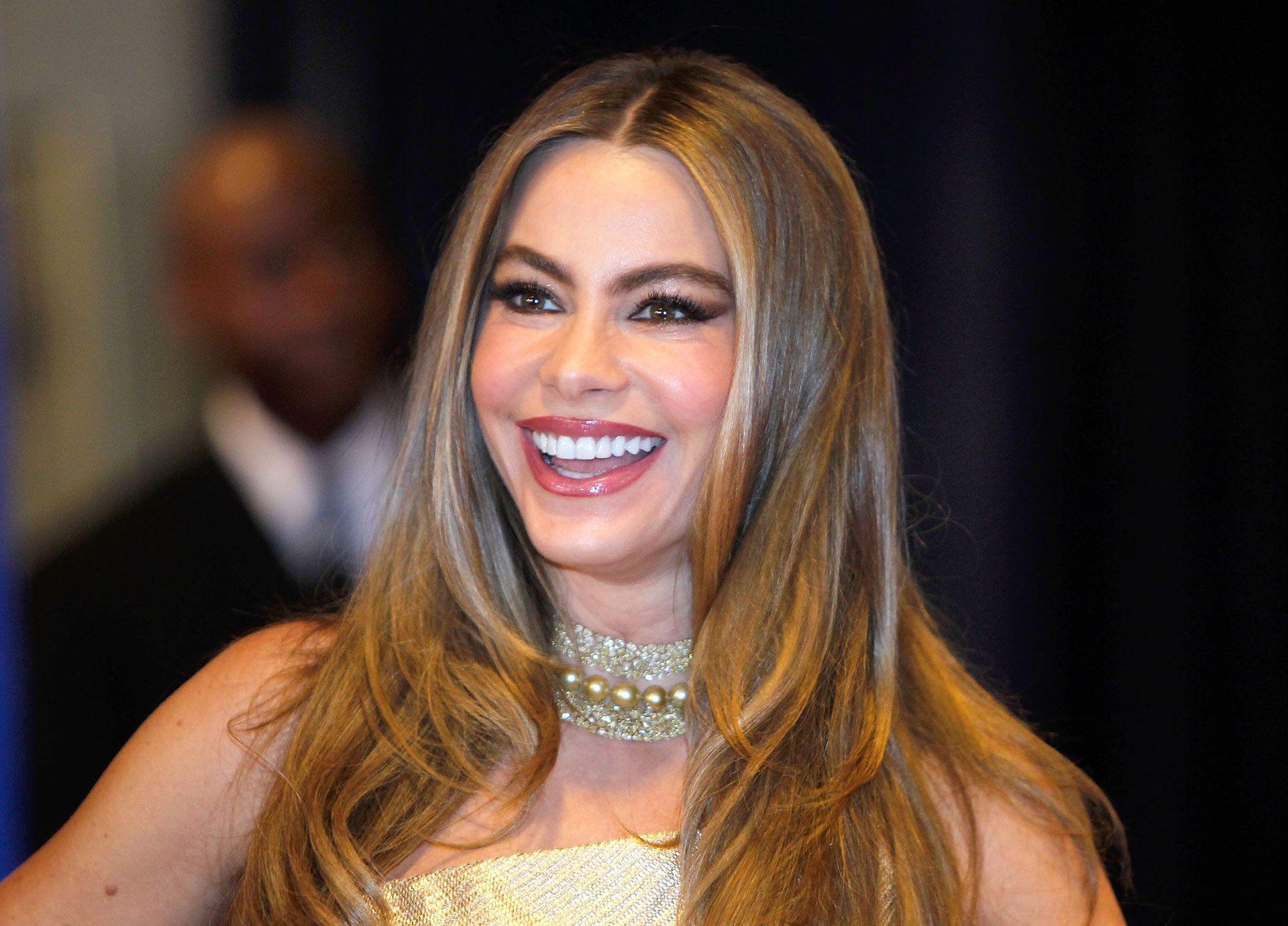 Fashion style Sofia hairspiration vergaras waves for lady