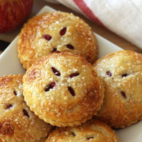 mini cranberry apple pies