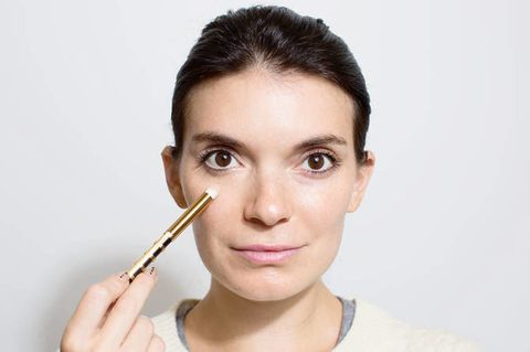 13 Insanely Easy Makeup Tricks That Will Make Getting Ready a Breeze
