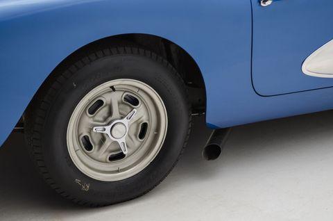 Tire, Motor vehicle, Wheel, Automotive tire, Automotive exterior, Vehicle, Automotive design, Automotive wheel system, Alloy wheel, Rim,