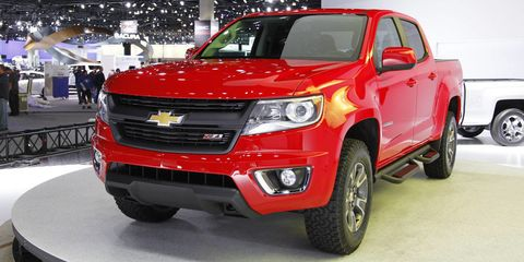 Tire, Wheel, Motor vehicle, Automotive design, Automotive tire, Vehicle, Land vehicle, Automotive lighting, Rim, Car,