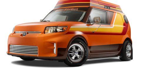Tire, Motor vehicle, Wheel, Automotive design, Product, Automotive mirror, Vehicle, Automotive lighting, Land vehicle, Automotive exterior,