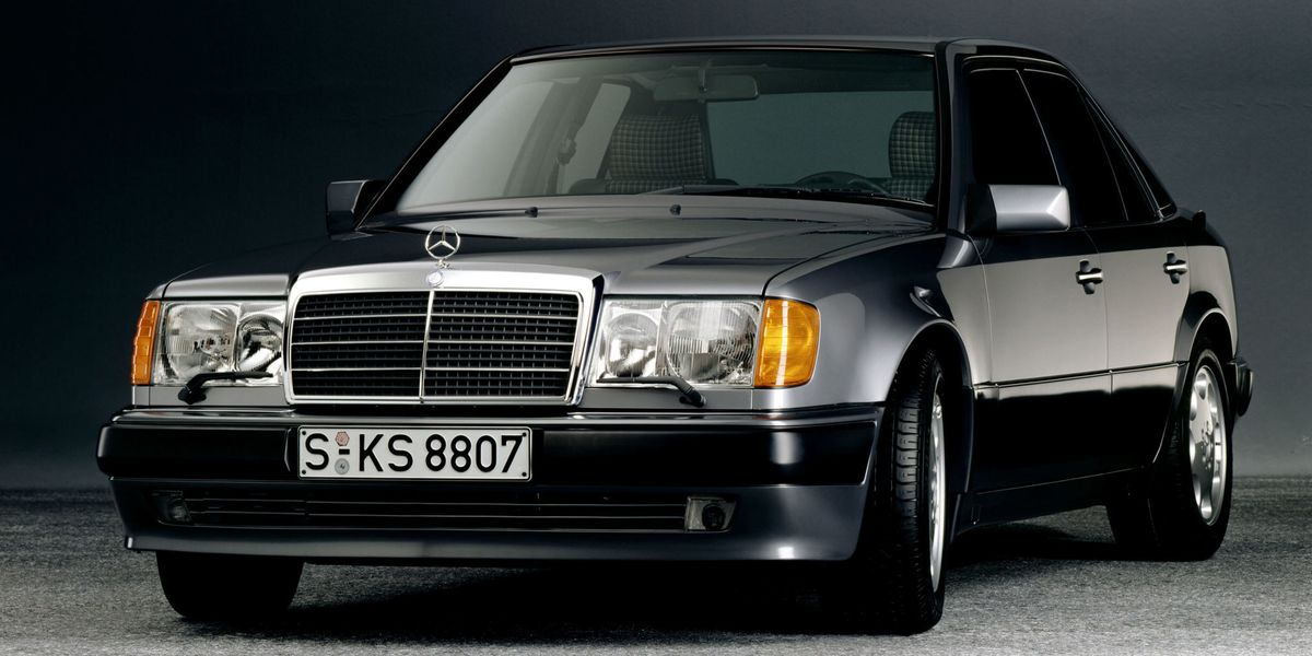 Audi RS And MercedesBenz E Share Porsche Heritage Two Cars - Mercedes classic cars