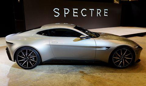 James Bonds Aston Martin DB Will Be A Manual Because Hes That - Aston martin db 10