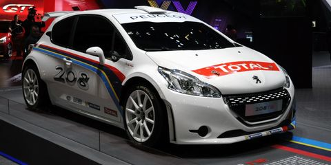 Tire, Wheel, Motor vehicle, Automotive design, Mode of transport, Vehicle, Land vehicle, Transport, Car, Headlamp,