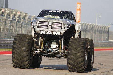 Tire, Wheel, Automotive tire, Automotive design, Automotive exterior, Rim, Automotive wheel system, All-terrain vehicle, Off-road vehicle, Tread,