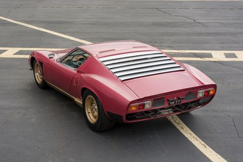In 1970 legendary Lamborghini's chief test driver Bob Wallace set about modifying a Miura SV for competition duty.