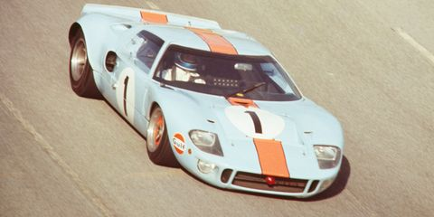 this veteran ford gt40p went back to le mans and won. Black Bedroom Furniture Sets. Home Design Ideas