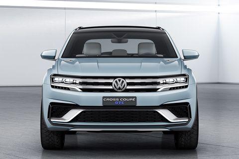 Automotive design, Vehicle, Automotive exterior, Land vehicle, Grille, Automotive lighting, Headlamp, Car, Automotive fog light, Bumper,