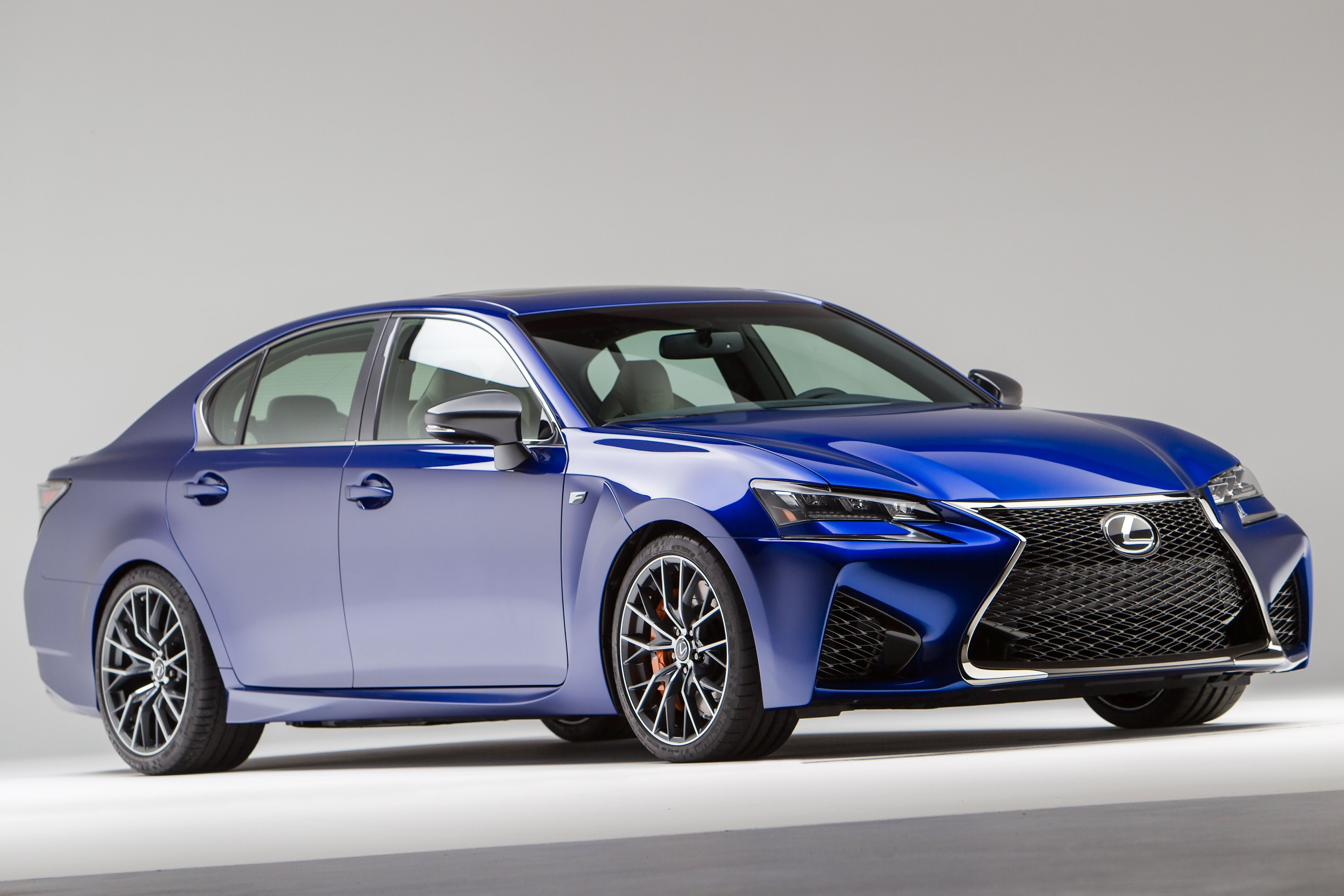 gs gears lexus liner cruising shifting in rear the luxury a