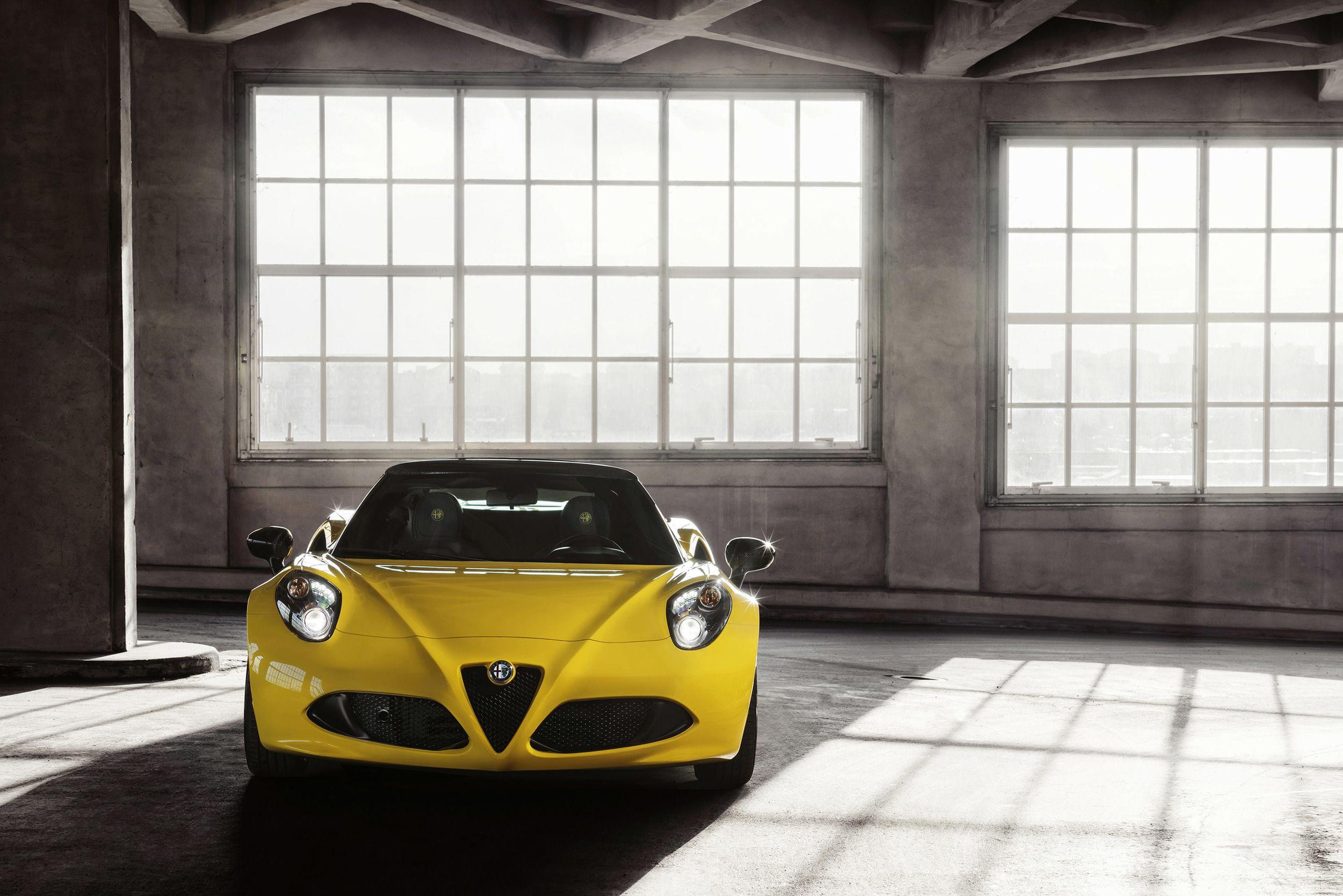 2015 Alfa Romeo 4c Spider Photo Gallery