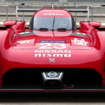 Naked Nissan GT-R LM NISMO = Best Batmobile Ever