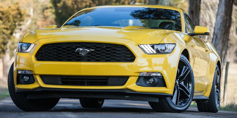 2015 Ford Mustang EcoBoost: Who needs a V8?