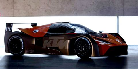 KTM X-BOW GTR looks fantastic. And blurry.