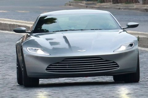 Bond_Spectre_Aston_008