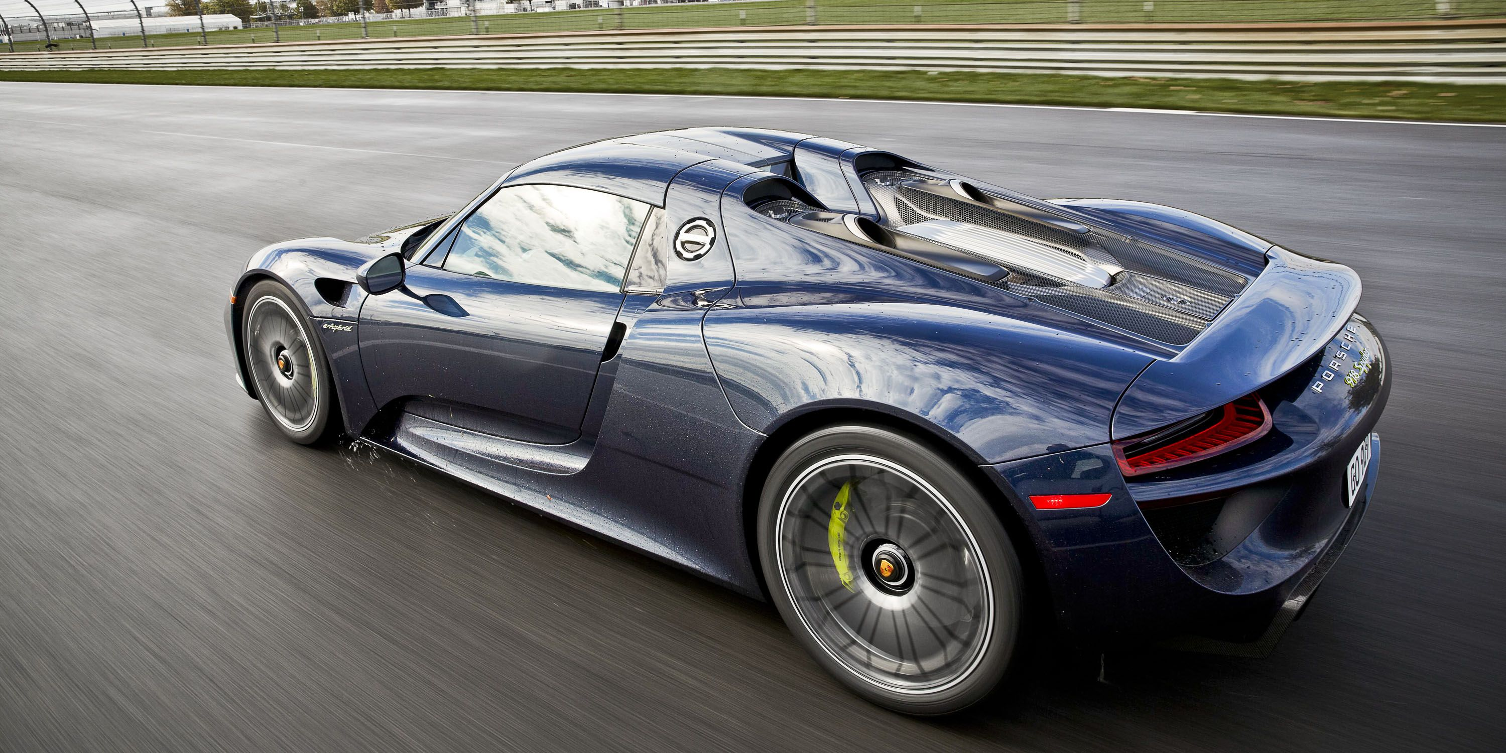 918-vs-962_ww_6566 Remarkable Porsche 918 Spyder On the Road Cars Trend