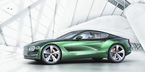 Tire, Wheel, Motor vehicle, Mode of transport, Automotive design, Vehicle, Transport, Rim, Car, Performance car,