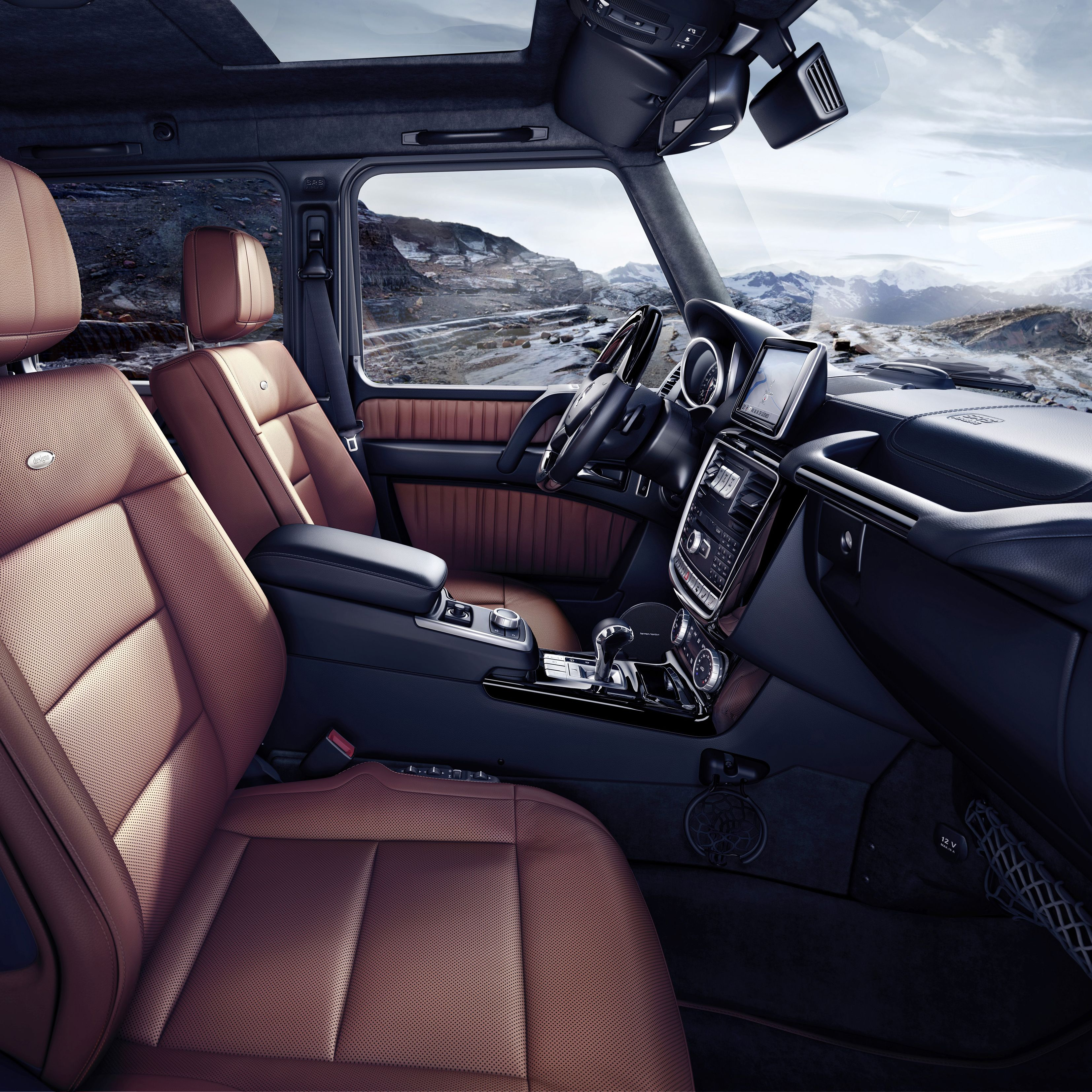 Mercedes-Benz G-Class (BR 463) 2015&#x3B; G 500&#xA&#x3B;Interieur: designo Nappaleder hellbraun&#xA&#x3B;interior: designo nappa leather light brown