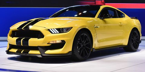 The 2016 Shelby GT350 suspension is an engineering nerd's fantasy