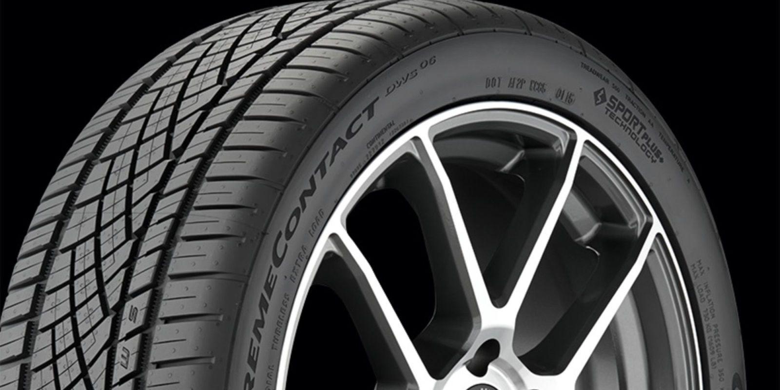 Tires with rim protection ridge