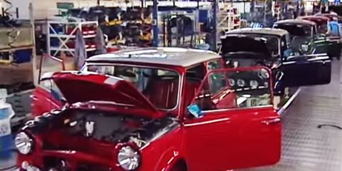 Motor vehicle, Mode of transport, Automotive design, Vehicle, Hood, Classic car, Red, Car, Vehicle door, Fender,