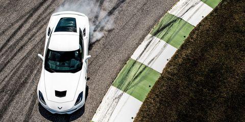 Motor vehicle, Mode of transport, Automotive design, Vehicle, Green, Land vehicle, Automotive exterior, Automotive lighting, Transport, Automotive parking light,