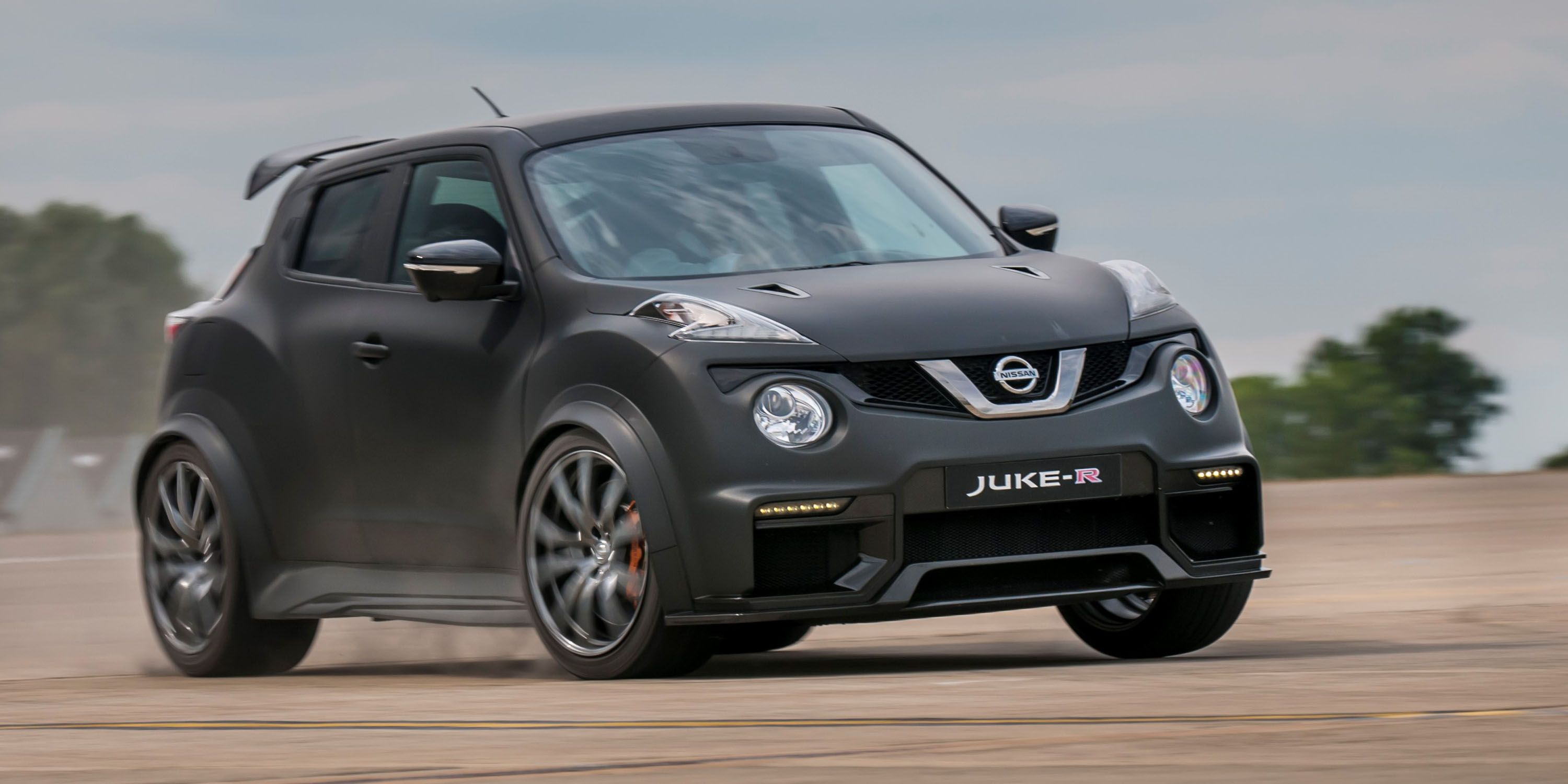 New Nissan Juke-R: Same as the old, but now with 600 hp