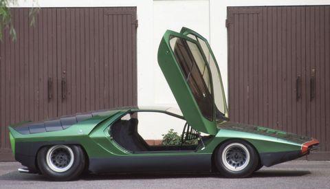 Motor vehicle, Tire, Mode of transport, Automotive design, Green, Transport, Automotive tire, Automotive exterior, Vehicle door, Car,