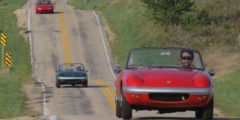 Sam Smith and Peter Egan in Mazda Miata and Lotus Elan