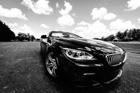 <p>Don't blend in–the BMW 6 Series stands out from the pack.</p>