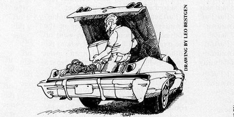 Motor vehicle, Automotive design, Mode of transport, Automotive parking light, Automotive lighting, Automotive exterior, Vehicle door, Automotive tail & brake light, Bumper, Classic car,