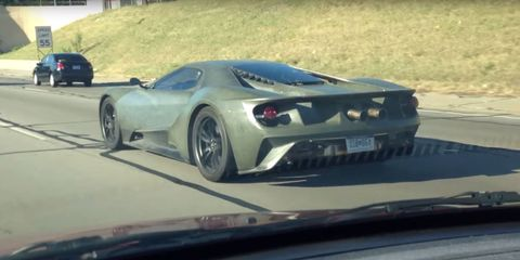 Ford GT Test Mule Spotted on Detroit Highway