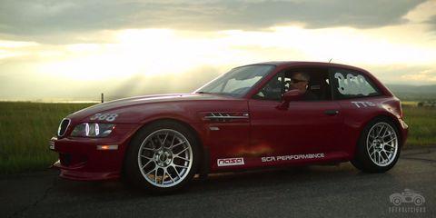 Tire, Wheel, Automotive design, Vehicle, Hood, Performance car, Alloy wheel, Car, Automotive tire, Rim,