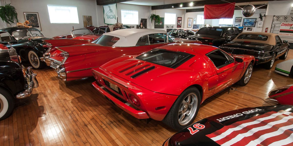 Gifts to make any garage dwelling gearhead happy for Garage paris 15 auto