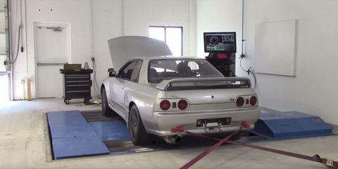 "Nissan R-32 GT-R Actually Makes 320 Hp, Despite ""Gentlemen's Agreement"""