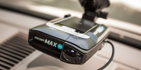 Now There's Another Radar Detector With Arrows to Tell You Where Cops Are