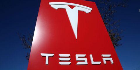 Bob Lutz Trouble at Tesla